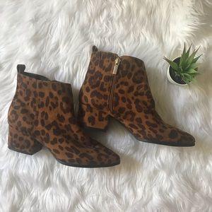 NWT Cheetah Gold Heel Ankle Booties